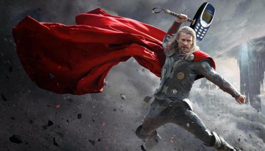 thor-with-nokia-3310-hammer